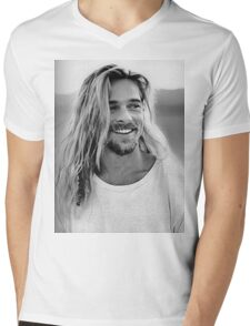 Brad Pitt Mens V-Neck T-Shirt