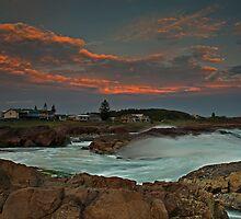 Anna Bay Sunset and Splash. by bazcelt