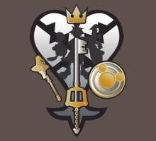 (Kingdom Hearts) All for One and One for All Silver/Gold T-Shirt
