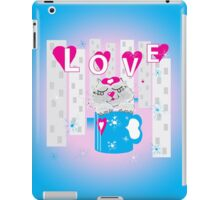 Kitty in a cup iPad Case/Skin