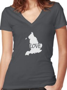 England Love Women's Fitted V-Neck T-Shirt