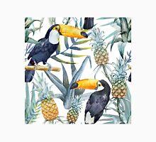 Tropical pattern toucan Classic T-Shirt