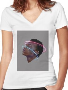 Daydream Women's Fitted V-Neck T-Shirt