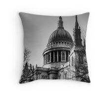 St Pauls, London Throw Pillow