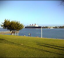 Queen Mary, Long Beach by Chris Roberts