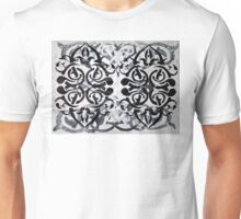 Black & White Knot Unisex T-Shirt