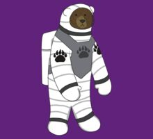 Astronaut bear  by gerbor