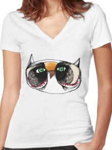 The Owl with Green Eyeballs Women's Fitted V-Neck T-Shirt