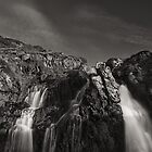 Waterfalls, Killantringan Bay by PigleT