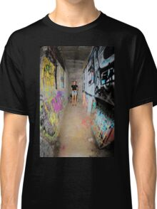 graffiti tunnel Classic T-Shirt