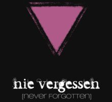 NIE VERGESSEN - NEVER FORGOTTEN T-Shirt