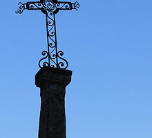 The Cross at Les Baux  by milyon