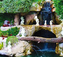 Snow White and the Seven Dwarves - Disneyland by jennisney