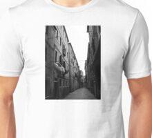 Backstreets of Venice (b&w) Unisex T-Shirt