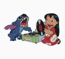 Lilo and Stitch listen to music Kids Clothes