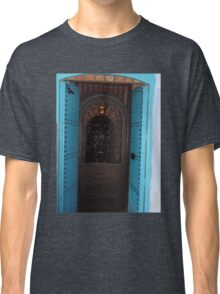 Atlas Travel Desert Caravan 4 village t-shirt Classic T-Shirt
