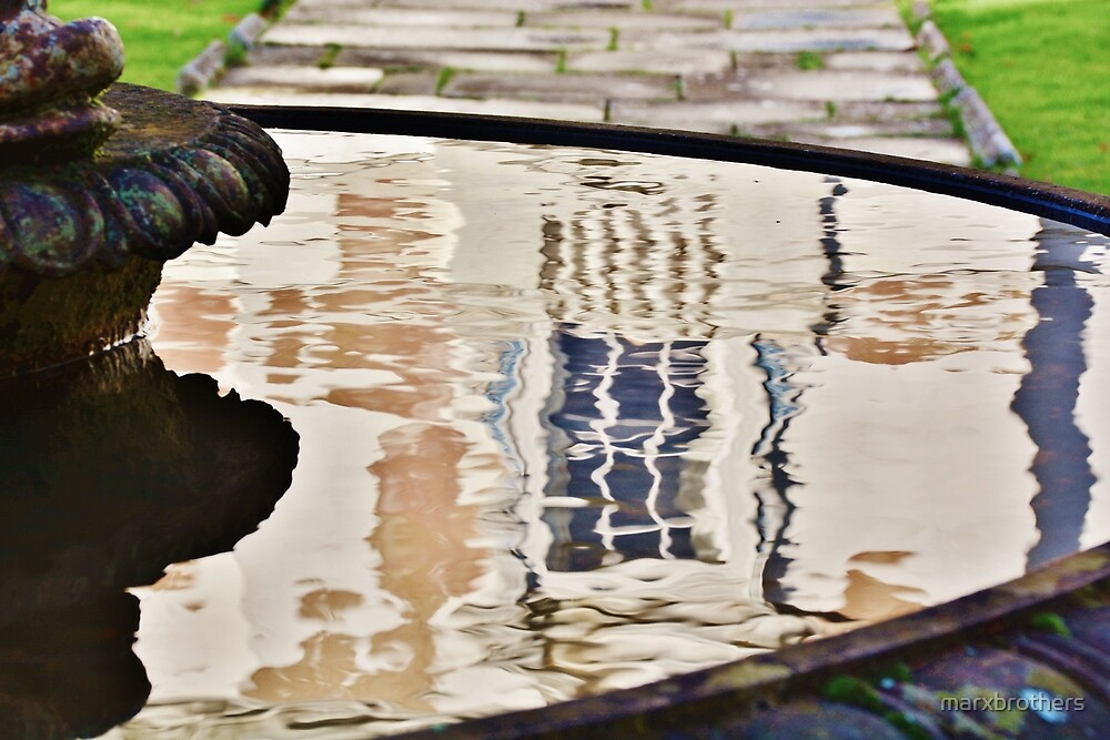 fountain  reflection  by marxbrothers