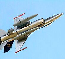 Luftforsvaret F-16AM Fighting Falcon 686 by Colin Smedley