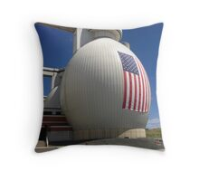 Patriotic digester Throw Pillow