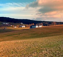 Meadows and farms in rural scenery | landscape photography by Patrick Jobst