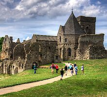 Visitors to Inchcolm by Tom Gomez