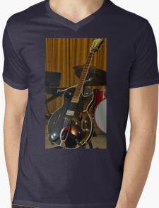 Guild Electric Guitar Mens V-Neck T-Shirt