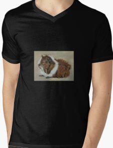"""""""Lucky"""" Gorgeous Guinea Pig Mens V-Neck T-Shirt"""