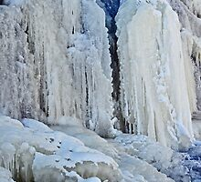 Ice Curtain in Columbus by mwfoster