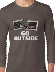 Go Outside (NES) Long Sleeve T-Shirt