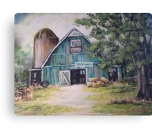 BLUE BARN Canvas Print