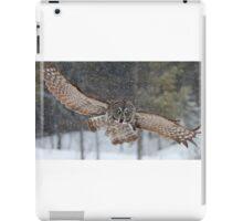 Duck! - Great Grey Owl iPad Case/Skin