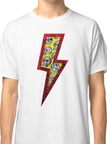 SKULL STRIKE Classic T-Shirt