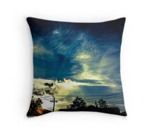 Haiku sky Throw Pillow