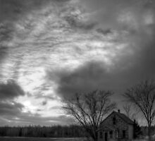 Lonely House-Portrait by Kielbasa
