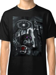 FLYING SAUCER Classic T-Shirt