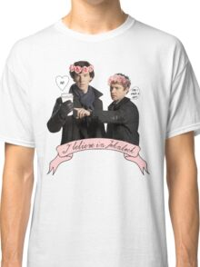 I believe in Johnlock Classic T-Shirt