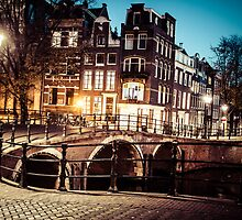 Amsterdam at night by Mariusz Prusaczyk