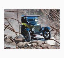 Vintage car Kids Tee
