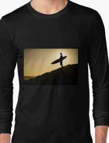 Surfer watching the waves Long Sleeve T-Shirt