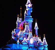Disneyland Paris - Sleeping Beauty's Castle by biskh