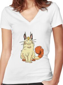 maine coon  Women's Fitted V-Neck T-Shirt