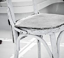 White chair by wichwetyl
