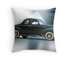 1940 Ford 'Deluxe' Coupe Throw Pillow