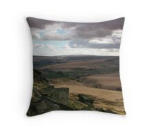 Buckstone edge /2 Throw Pillow