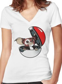 Gizmon Women's Fitted V-Neck T-Shirt