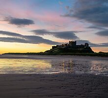 Bamburgh Sunrise. by Dave Staton