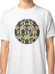 221b Wall Smiley Classic T-Shirt