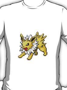 135 - Jolteon T-Shirt