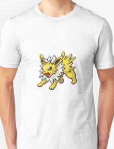 135 - Jolteon T-Shirt