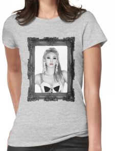 QUEEN CL Womens Fitted T-Shirt